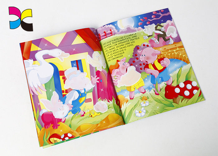 157gsm C2S Gloss Custom Magazine Printing Art  Paper Colorful Design Softcover Book supplier